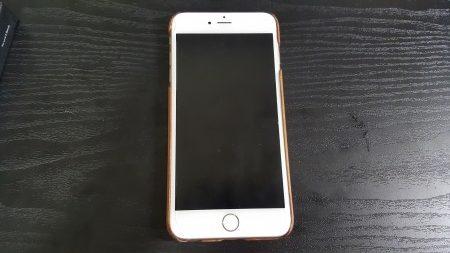 ゴールドのiPhone6Plusにつけたらしっくりきました