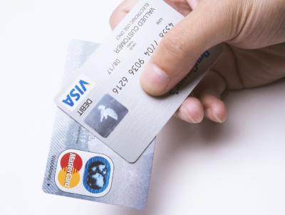 クレジットカードを申し込む