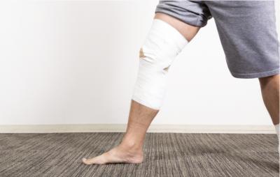 海外旅行で怪我をすると保険が利かず、全額負担1