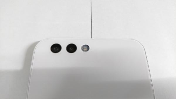 流行り物に乗っかってZenFone4を購入したので主にカメラをレビューします